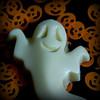 Halloween - Macro Mondays (Crisp-13) Tags: halloween macromondays macro mondays ghost pumpkin white chocolate lolly