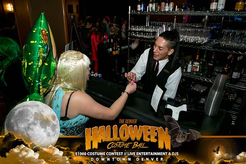"Halloween Costume Ball 2017 • <a style=""font-size:0.8em;"" href=""http://www.flickr.com/photos/95348018@N07/38077687091/"" target=""_blank"">View on Flickr</a>"