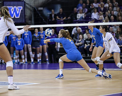 UW UCLA-FT4I0242 (Pacific Northwest Volleyball Photography) Tags: volleyball ncaa pac12 pac12vb uwhuskies washington ucla