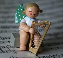 Macro Mondays: musical instrument (EXPLORE#91) (♥ ♥ ♥ flickrsprotte♥ ♥ ♥) Tags: macromondays musikinstrument 6112017 musicalinstruments wk engel harfe explore 7112017