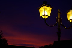 Goodnight (Argos online) Tags: goodnight buonanotte lampione lamp dusk