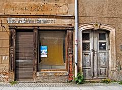 Living in the past... (Tobi_2008) Tags: häuser houses stadt town grosenhain sachsen saxony deutschland germany allemagne germania