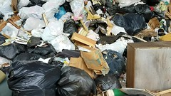 20170727_163641 (italian2525) Tags: garbage trash transfer station crushed worthless discarded