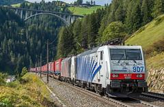"The ""Winner"" of the day... (westrail) Tags: nikon nikkor d810 dslr f28 digicam digitalkamera afs70200 vri lens objektiv fotograf photographer andreasberdan omot youmademyday europa europe österreich austria siemens öbb austrianfederalrailways österreichischebundesbahnen gleis schiene track stjodok tirol brennerbahn alpen alps tyrol locomotion railtractioncompany rtc 189 189907 irtc winner winnerspedition lokomotion poweredbylokomotion 189905 zebra lkw truck cargo lokomotive locomotive loco es64 spedition logistik logistic alpentransit brennerautobahn transit elok tandem doppeltraktion vorspann güterzug cargotrain wechselaufbau trailer"