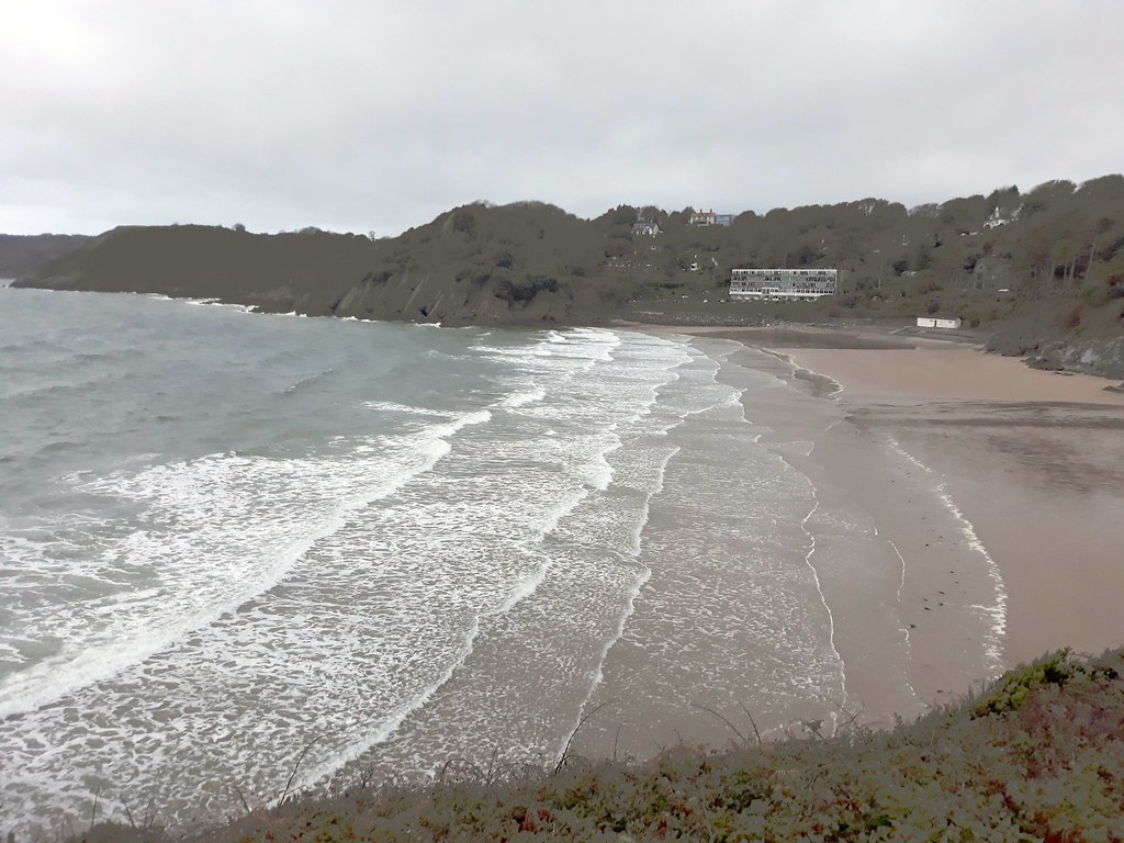 Tide coming in Caswell bay.