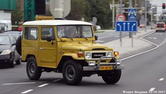 Toyota Land Cruiser BJ40 1979 (XBXG) Tags: 99jb10 toyota land cruiser bj40 1979 toyotalandcruiser landcruiser yellow jaune provincialeweg hoorn 4x4 4wd nederland holland netherlands paysbas vintage old classic japanese car auto automobile voiture ancienne japonaise japon japan asiatique asian vehicle outdoor