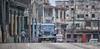 (718/17) Coches en La Habana XV - Cambio de rasante (Pablo Arias) Tags: pabloarias photoshop photomatix capturenxd arquitectura coche auto automóvil cambioderasante lahabana cuba