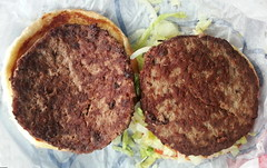 (Veee Man) Tags: gimp samsunggalaxynote cellphone phone food burger hamburger beefpatties 2 two lettuce bread hamburgerbun brown green white beef meat albuquerque newmexico