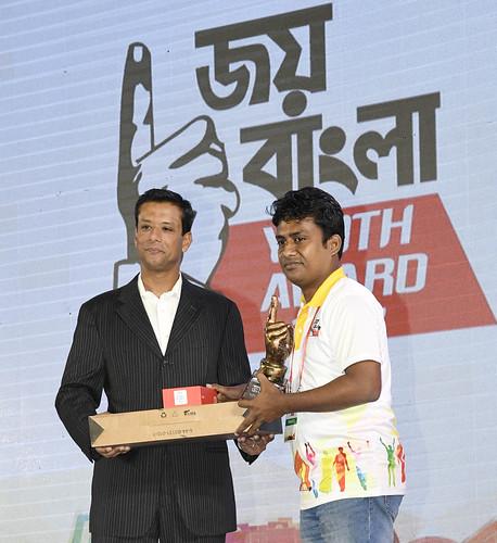 21-10-17-PM ICT Advisor Sajeeb Wazed Joy_Joy Bangla Youth Award-43