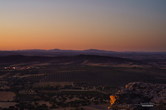 Monsaraz Sunset 1/4 (sam.silva.tj) Tags: sunset alqueva monsaraz portugal alentejo landscape popular lake fields castle