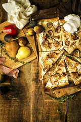 Grilled Fig Pizza GirlCarnivore Recipe (3 of 7)