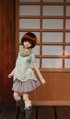 Temple (MarloesK) Tags: autumn dollfie dream sister mmd ddh10 custom momo outside