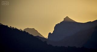 La Padiorna a contrazluz/ Padiorna peak in backlight