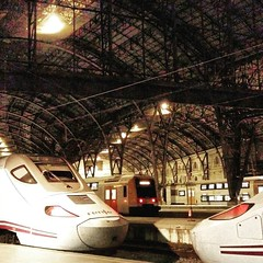 Vienes o vas? . . . . #barcelona #eisenbahnfotografie #trainspotting #barcelonagram #trains #eisenbahnbilder #trainspotter_gegen_mobbing #railways_of_our_world #spain #bcn #barcelonacity #eisenbahnherz #train #train_nerds #eisenbahnfieber #trainspottermit (vistainfinity) Tags: vienes o vas barcelona eisenbahnfotografie trainspotting barcelonagram trains eisenbahnbilder trainspottergegenmobbing railwaysofourworld spain bcn barcelonacity eisenbahnherz train trainnerds eisenbahnfieber trainspottermitleidenschaft barcelonainspira travel igersbarcelona fitness railwayculture barcelonaturisme trainstagram trainstation pocketrail eisenbahn trainspottereurope catalunya architecture thebarcelonist