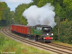 Van Train (Kieran H) Tags: gcr greatcentralrailway southernrailway battleofbritain 34081 92squadron kinchleylane