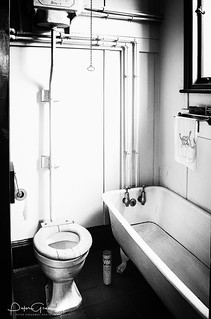 1950s Style Back-To-Back House Toilet & Bath