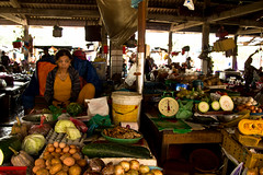 2017_04_09HoiAn85 (Andi [アンデイ]) Tags: vietnam hoian streetphotography street streetview people market travel travelphotography asia southeastasia seasia canon sigma sigmalens sigmaa