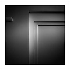 Eixe tímid racó XII / That shy corner XII (ximo rosell) Tags: ximorosell bn blackandwhite blancoynegro bw minimal arquitectura architecture abstract abstracció llum luz light llums squares cuadrado