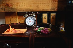 I salute the way I rearrange my mind... (catarinae) Tags: i salute way rearrange mind own pace though never one place clock time origami bird flower tausend und eine nacht books bed lavendel suitcase vintage