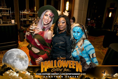 "Halloween Costume Ball 2017 • <a style=""font-size:0.8em;"" href=""http://www.flickr.com/photos/95348018@N07/38077686021/"" target=""_blank"">View on Flickr</a>"