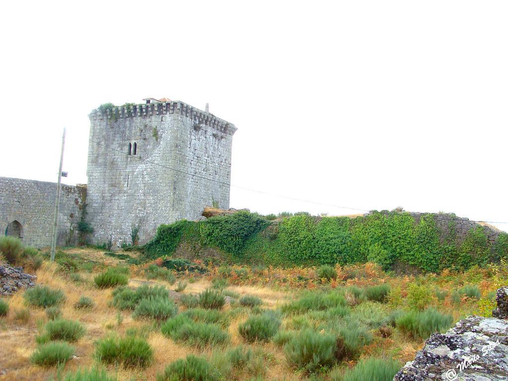 Águas Frias (Chaves) - ... castelo de Monde Rio Livre ...