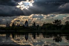 Izmailovsky Kremlin (Lyutik966) Tags: izmailovskykremlin russia moscow museum culturalandentertainmentcenter architecture pond sky reflection capital tower showplace