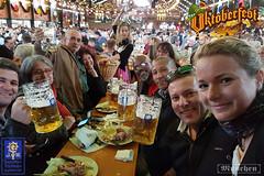 PROST! PROST! PROST! (Agnaldo Pereira Miguel) Tags: prost prosit alemanha alemania german oktoberfest munique cerveja beer augustiner bebida festa tendas