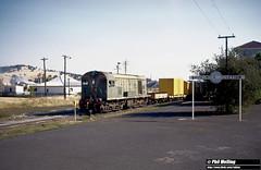 2607 F42 42 Goods Brunswick Junction 15 December 1981 (RailWA) Tags: railwa philmelling westrail 1981 f42 42 goods brunswick junction