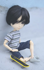 Skateboarder (Dragonella~) Tags: pullip taeyang doll sebastian james taeyangdoll taeyangsebastian groove dragonella jamessebastian fashiondoll skateboard blue skateboarder