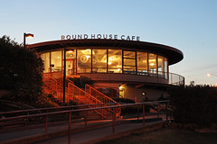 San Francisco - Golden Gate Bridge - 2017 (tonopah06) Tags: sanfrancisco california ca goldengate ggb sanfranciscobay highway101 us101 goldengatebridge roundhousecafe handheld night evening d700 nikon cafe restaurant