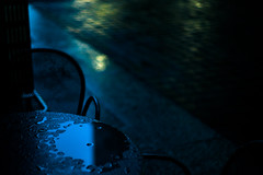 rainy dining (N.sino) Tags: m9 summilux50mm marunouchi table dining rain テーブル 雨 丸の内 石畳