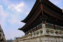 Architecture that withstood the test of time (Melvin Yue) Tags: korea southkorea fujifilm fuji xpro2 korean 한국 rok 서울 seoul gyeongbokgung changdeokgung dongdaemun myeongdong