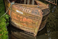 Rusty Hull (bart7jw) Tags: canal barge narrow boat decay rust canon 700d t5i sigma 18250 uk