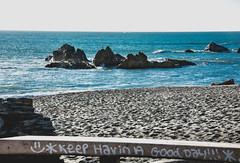 Day 286 - havin a good day (champbass2) Tags: sign goodday smile greeting pacificcoast hwy101 redwoodhighway northerncalifornia day286 day2862017