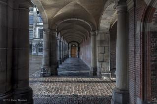 Het laatste licht op het Binnenhof...