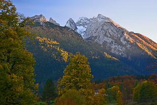 The Hochkalter group in autumn