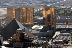 LAS VEGAS we stand with you ! (Prayitno / Thank you for (12 millions +) view) Tags: konomark las vegas prayforlasvegas mandalay bay luxor delano pyramid deluxe tower highrise building architect outdoor maverick heli helicopter sundance tour low aerial photo photography day time