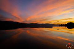 The almost forgotten fairytale of the small lake of big harmony (Yarin Asanth) Tags: kayaking sup paddling silence yellow red orange colours sundown sunset afterglow lakeconstance stories fairytale yarinasanth gerdkozik gerdkozikphotography gerd kozik yarin asanth yarinasanthphotography gerdmichaelkozik