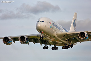 9M-MNF Malaysia Airlines Airbus A380-800