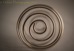 Look Into My Eyes (HMM) (13skies) Tags: hmm spiral macromondays round circular widening goingaround macroscopic sonyalpha100 monday close happymacromonday