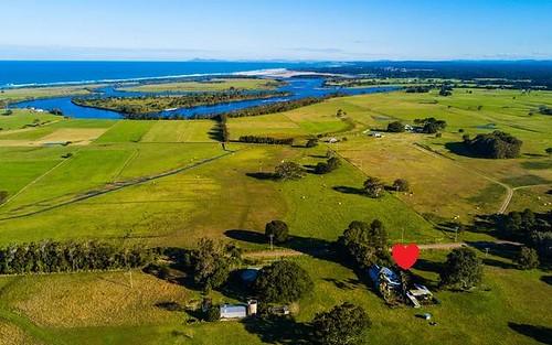 245 Beach Road, Mitchells Island NSW