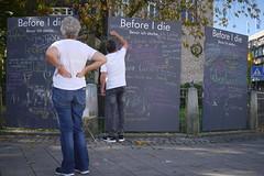 P2020840 Before I die (tottr) Tags: detmold deutschland germany herbst autumn fall oktober october 2017 schreibtafel tafel blackboard chalkboard beforeidie bevorichsterbe