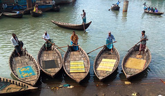 Boatmen waiting for passengers (Aranya Ehsan) Tags: lifestyle life aranya dailylife people color river water boat boatman boatmen