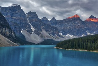 First Light at Moraine Lake
