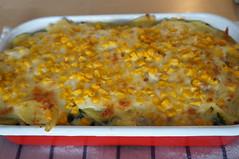 DSC05755 (Kirayuzu) Tags: gemüseauflauf auflauf gemüse kartoffeln mais spinat brokkoli karotten blattspinat bacon essen food gericht selbstgemacht homemade