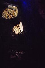 D16411.  Llechwedd Slate Caverns. (Ron Fisher) Tags: llechwedd llechweddslatecaverns llechweddslatequarry blaenauffestiniog gwynedd gogleddcymru cymru northwales wales gb greatbritain uk unitedkingdom europe underground mine slate slatequarry pentax pentaxk3 tamron tamron18200mm tamronaf18200mmf3563xrdiiildasphericalif