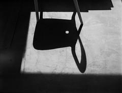 Roll-opPlaubel-469-RPX25-Tanol-STD-1H-3 (photo:::makina) Tags: exportrollei shadow chair rollop plaubel anticomar 75 28