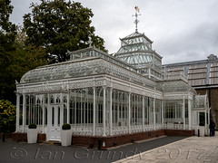 Horniman 5817 (stagedoor) Tags: horniman museumandgardens lewisham foresthill london conservatory glasshouse victorian building architecture olympus omdem1mkii copyright uk greaterlondon glc city listed grade2