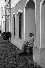 rest time (fotokunst_kunstfoto) Tags: sw bw blackwith vilsbiburg altstadt