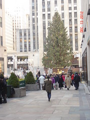2012-12-13 X-mas in NYC (26) (john.gordinier) Tags: christmasinnyc